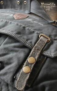 110213 Rumble59 War Correspondent Bag 4